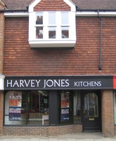 Harvey_Jones .. Kitchens